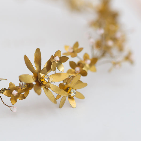 CELIA Delicate Tiny Flower Bridal Band or Vine - Fifth & Spring