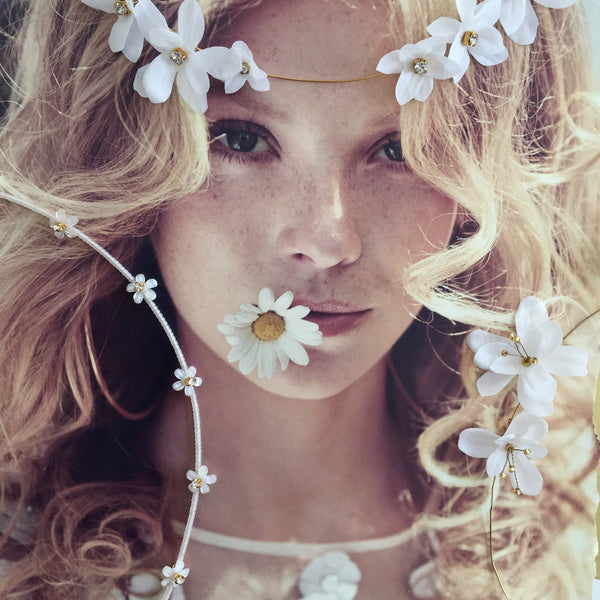 DAISY CHAIN Delicate White Beaded Halo - Fifth & Spring
