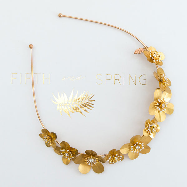 ESME Golden Flower Alice Bridal Band - Fifth & Spring