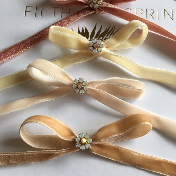 LUXURY VELVET BOW PINS Bridal Hair Pins - Fifth & Spring