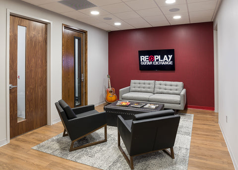 Replay Guitar Exchange Lounge
