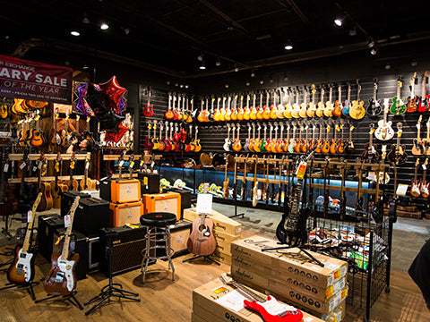 about us replay guitar exchange tampa fl for sale. Black Bedroom Furniture Sets. Home Design Ideas