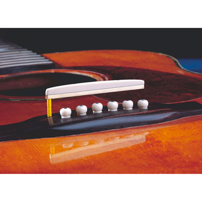 L.R. Baggs LB6 Unitary Saddle Pickup