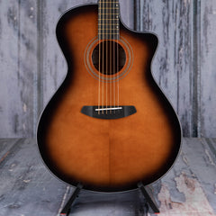Breedlove Performer Concerto Bourbon CE Acoustic/Electric, Bourbon Burst