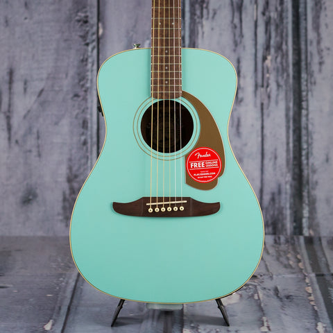 Fender California Series Malibu Player, Aqua Splash, front closeup