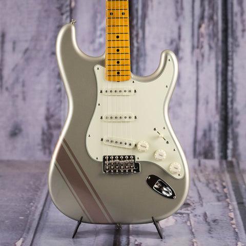 Fender FSR Traditional 50s Stratocaster, Inca Silver With Shoreline Gold Stripes, front closeup