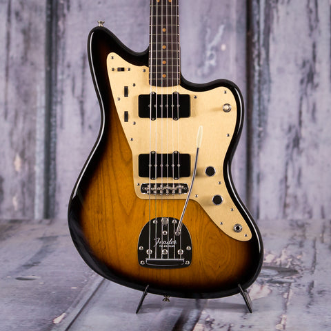 Fender Limited Edition 60th Anniversary '58 Jazzmaster, 2-Color Sunburst, front closeup