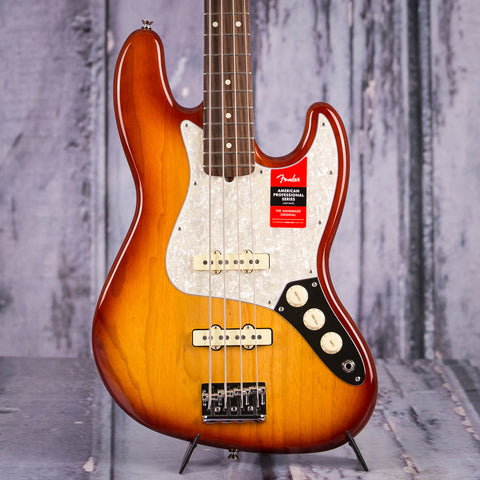 Fender Limited Edition Lightweight Ash American Professional Jazz Bass Guitar, Sienna Sunburst, front closeup