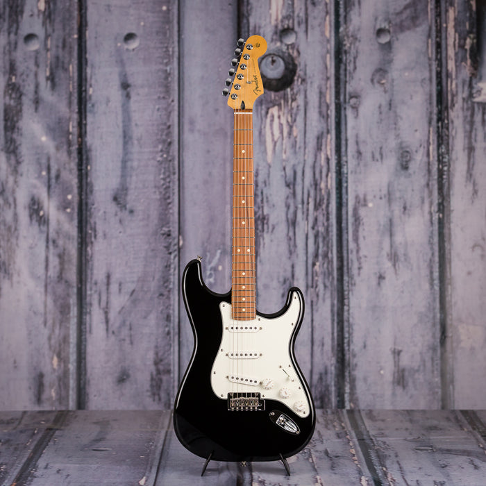 Fender Player Series Stratocaster, Pau Ferro, Black