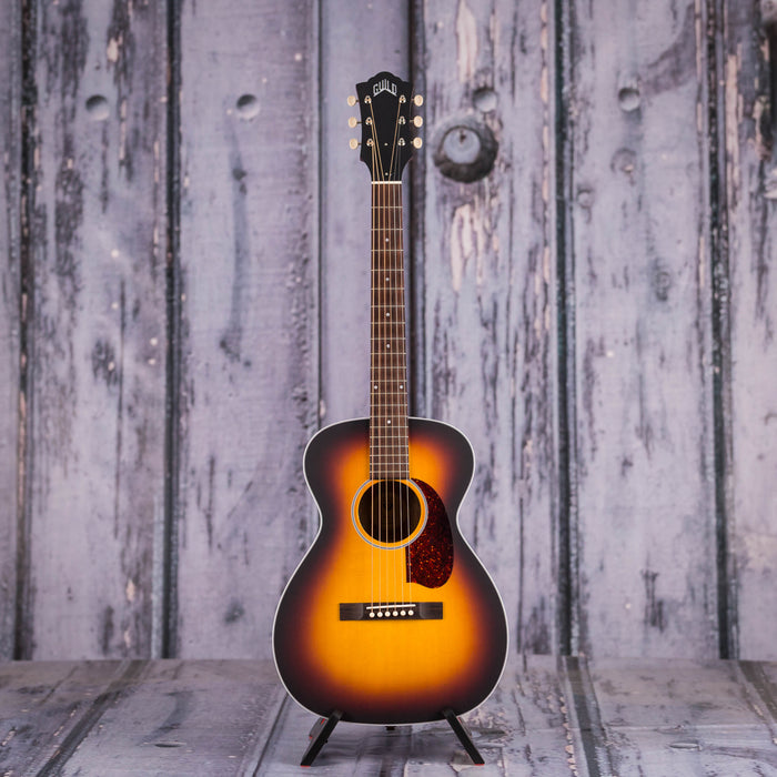 Guild M-40E Troubadour Acoustic/Electric, Antique Burst