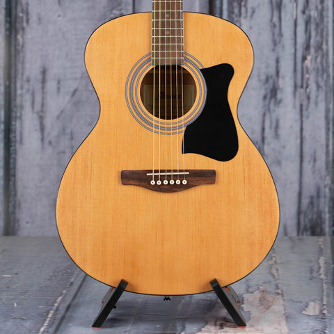 Ibanez IJVC50 Grand Concert Jam Pack Acoustic Guitar, Natural High Gloss, front closeup