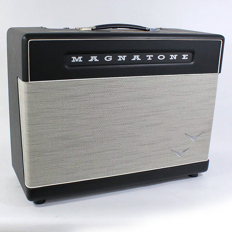 Magnatone Super 30 2x12 Combo With Cover, front angle
