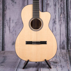 Martin 000C Nylon Acoustic/Electric, Natural