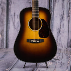 Martin Dreadnought Jr. Burst, Tobacco Sunburst