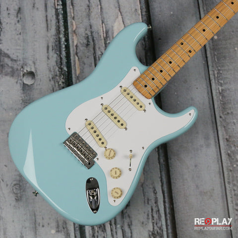Fender Classic Series 50s Stratocaster - Daphne Blue
