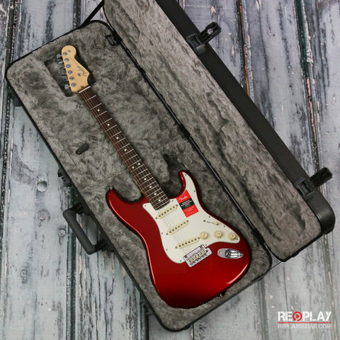 Fender American Professional Stratocaster - Candy Apple Red