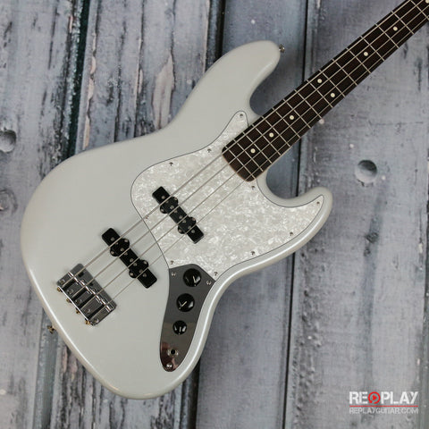 Fender Special Edition White Opal Jazz Bass