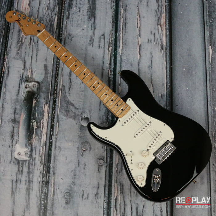 Fender Standard Stratocaster Lefty (Black)