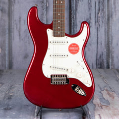 Squier Classic Vibe '60s Stratocaster, Candy Apple Red