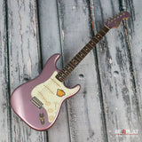 Squier Classic Vibe '60s Stratocaster Burgundy Mist