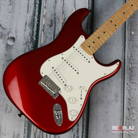 Used - Fender 2013 American Special Stratocaster (Candy Apple Red)