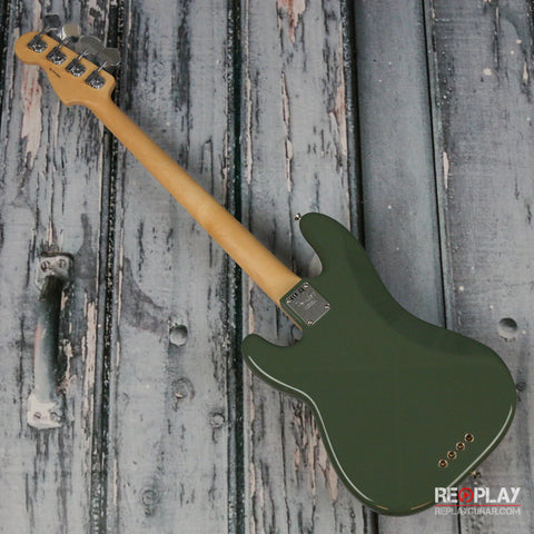 Fender American Professional Precision Bass (Antique Olive)