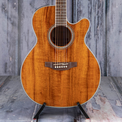 Takamine GN77KCE Acoustic/Electric Guitar, Natural, front closeup