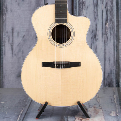 Taylor guitar manufacturing date