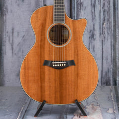 Taylor Custom Grand Auditorium Sinker Redwood Quilted Sapele Acoustic/Electric, Natural