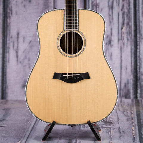 Taylor Custom Shop 910e Acoustic/Electric Guitar, Natural, front closeup