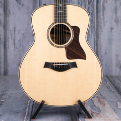 Taylor GT 811e Grand Theater Acoustic/Electric, Natural