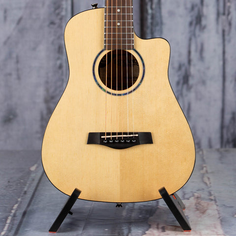 Traveler Guitar Redlands Mini Acoustic Guitar, Natural Gloss, front closeup