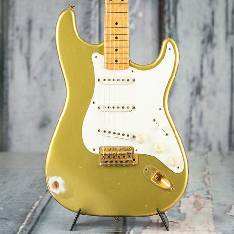 Used Fender Custom Shop Cunetto Relic Stratocaster Electric Guitar, 1999, Diamond Dealer #5 Aztec Gold, front closeup