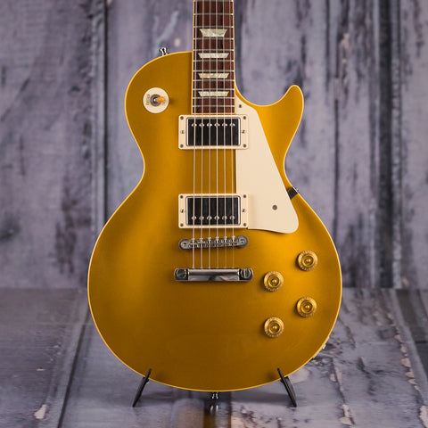 Used Gibson Custom Historic 1957 Les Paul VOS, 2005, Goldtop, front closeup