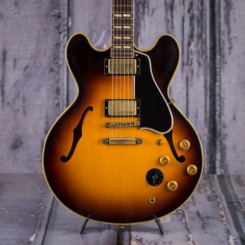 Used Gibson Custom Shop Historic '59 ES-345, 2014, Vintage Old Stock Sunburst, front closeup