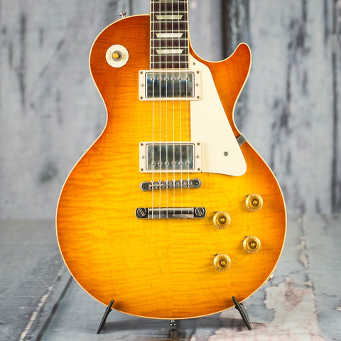 Used Gibson Custom Shop Les Paul '59 Reissue Electric Guitar, 2010, Honeyburst, front closeup