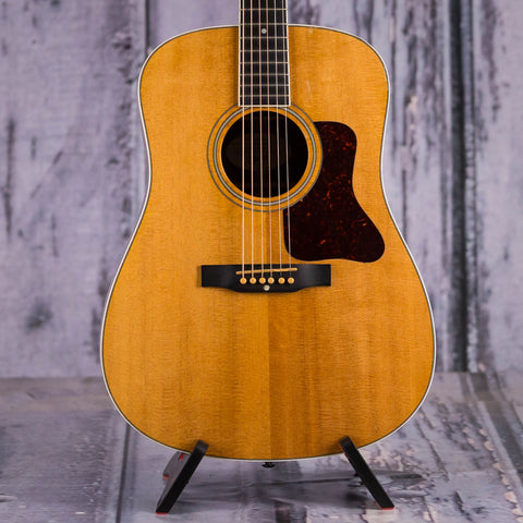 Used Gibson DSR Dreadnought Acoustic Guitar, 2003, Natural, front closeup