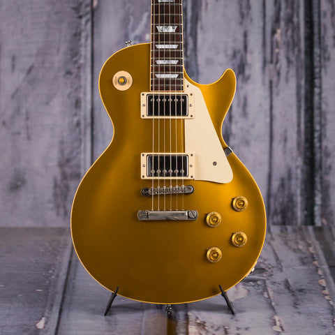 Used Gibson Les Paul 1957 Reissue, 2001, Gold Top, front closeup