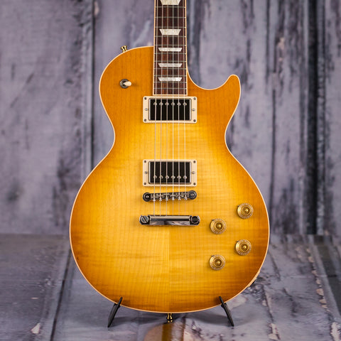 Used Gibson Les Paul Traditional, 2017, Honey Burst, front closeup