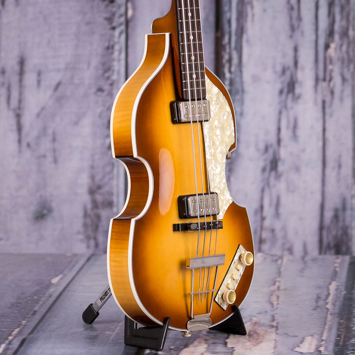Used 2017 Hofner 500/1 V62 Violin Bass, Sunburst