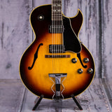 Vintage Gibson ES-175D Hollowbody Electric Guitar, 1968, Sunburst, front closeup