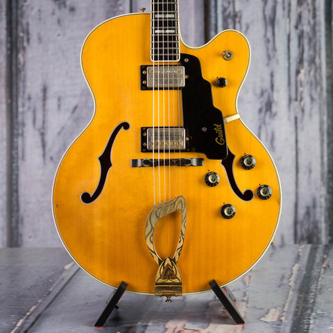 Vintage Guild X-500 Hollowbody Guitar, 1974, Blonde, front closeup