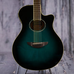 Yamaha APX600 OBB acoustic-electric guitar - blue burst