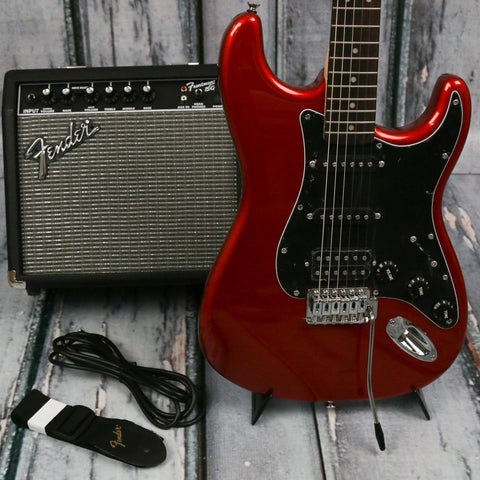 Squier Affinity Strat HSS Candy Apple Red Pack