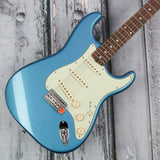 Fender Classic Series 60s Stratocaster - Lake Placid Blue
