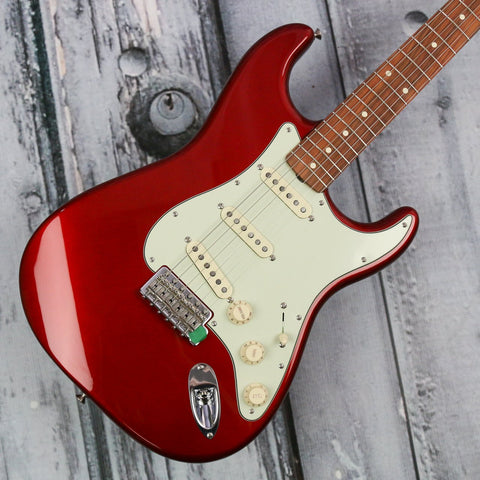 Fender Classic Series 60s Stratocaster - Candy Apple Red *Demo Model*