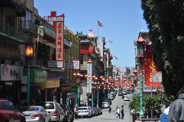 Chinatown in San Francisco, Tandem For Two