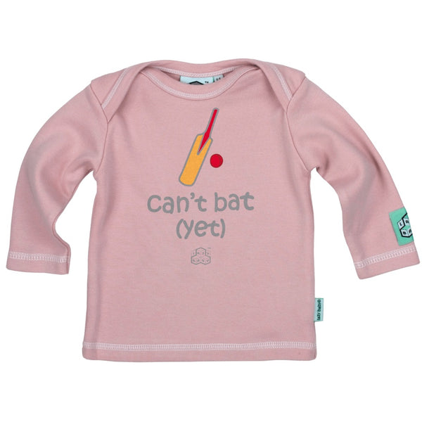 Newborn gift for cricket players - Can't bat Yet - Lazy Baby