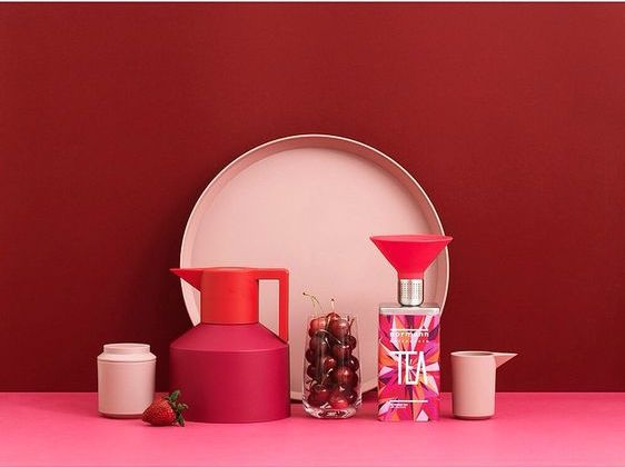 Coffee and tea set in pinks and reds by Normann Copenhagen, Pinkish colour trends for spring 2016 in interiors