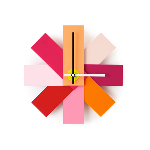 Watch me wall clock in pink, Normann Copenhagen